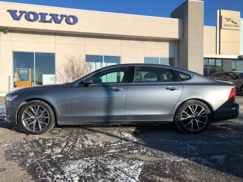 Pre-Owned 2018 Volvo S90 T6 AWD Momentum